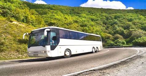 Quels sont les avantages de voyager en bus